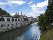 卢布尔雅那河沿 免版税图库摄影
