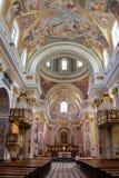 卢布尔雅那,斯洛文尼亚- 2012年9月17日:圣尼古拉斯大教堂内部  库存照片