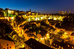 卢森堡市街市黄昏 免版税库存图片