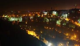 卢森堡的空中夜视图 库存图片