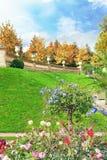 卢森堡从事园艺(卢森堡公园) 免版税图库摄影
