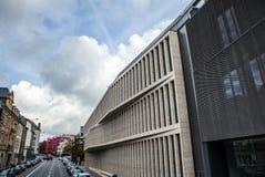 卢森堡- 2015年10月30日:欧洲大厦现代建筑学在卢森堡 库存图片
