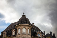 卢森堡- 2015年10月30日:葡萄酒欧洲大厦&地标传统建筑学在卢森堡 库存照片