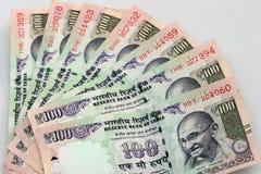 100卢比笔记印地安货币  免版税图库摄影