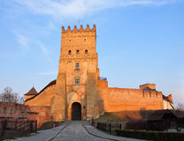 卢茨克,乌克兰- 2015年3月10日:Lubart的城堡的看法, 14世纪中叶开始了它的生活, Gedi被加强的位子  库存图片