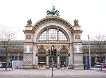 卢赛恩的火车站老门  免版税库存图片