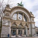 卢赛恩的火车站老门  免版税库存照片