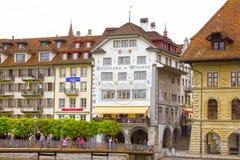卢赛恩,瑞士- 2017年5月02日:老房子在卢赛恩,瑞士 免版税库存图片