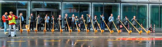 卢赛恩,瑞士- 2013年10月27日一个小组m 免版税库存图片