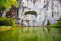 卢赛恩,死的狮子的纪念碑 免版税库存照片