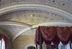 卧室在辛特拉国民宫殿 库存照片
