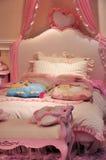 卧室女孩 免版税库存照片
