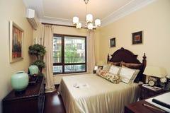 卧室家庭豪华现代 库存照片