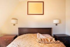 卧室旅馆二 免版税库存照片