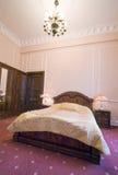 卧室葡萄酒 库存照片