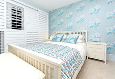 卧室蓝色 库存照片