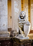 卫兵hdr狮子被破坏的宫殿照片 图库摄影