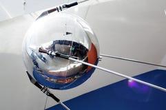 卫星模型在天文馆的在雅罗斯拉夫尔市 库存照片