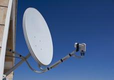 卫星盘为家庭使用 库存图片