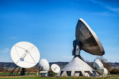 卫星盘-无线电望远镜 免版税图库摄影