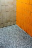卫生间壁角质朴 免版税库存图片