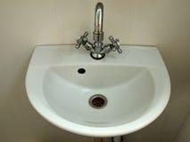 卫生间纯水槽白色 免版税库存照片