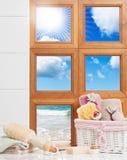 卫生间视窗 免版税库存图片