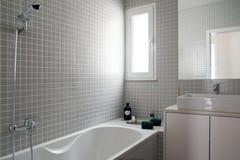 卫生间公寓在里斯本 免版税库存照片