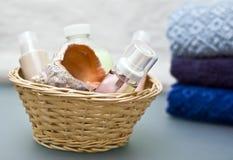 卫生间化妆用品 免版税库存图片