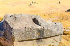 印加人废墟- Saqsaywaman,秘鲁,南美。考古学复合体,库斯科省。多角形石工的例子 库存图片