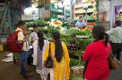 印地安供营商在新市场上,加尔各答,印度 库存图片