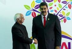 印地安副总统阿米德Ansari招呼委内瑞拉总统尼古拉斯・马杜罗 免版税图库摄影