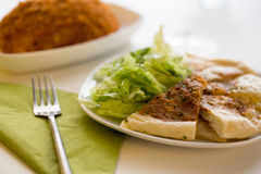 印地安咖喱naan面包 免版税库存照片