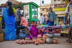 印地安女性卖主 库存照片