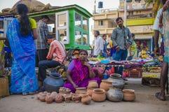 印地安女性卖主 库存图片