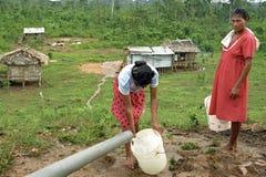 印地安妇女村庄生活,科科河,尼加拉瓜 库存图片