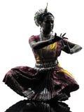 印地安妇女舞蹈家跳舞剪影 免版税库存照片