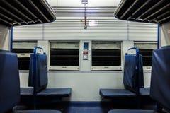 印地安旅客列车内部 新的一般教练 库存图片