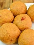 印地安甜点- Besan laddo 免版税库存图片