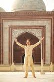 印地安衣裳的年轻人 图库摄影