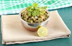 印地安配菜青豆咖喱 库存图片