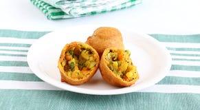印地安食物Aloo Vada 库存照片