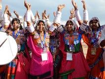 印地安tribals lambada舞蹈 库存图片