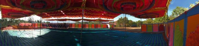 印度五颜六色的机盖帐篷遮篷 免版税库存照片