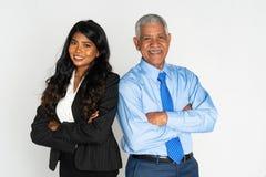 印度女实业家和人在工作 免版税库存图片