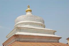 印度寺庙屋顶在Pashupati,在加德满都附近的尼泊尔 免版税库存图片