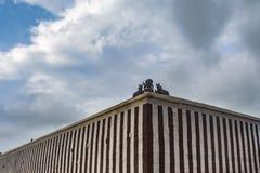 印度寺庙的复合墙壁有女神的 免版税库存照片
