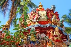 印度寺庙的屋顶装饰品 结构印度模式红色石头 Janardana偶象寺庙 免版税库存图片
