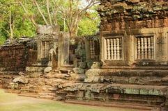 印度寺庙的废墟在Phimai历史公园在呵叻,泰国 库存照片