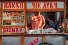印度尼西亚丸子汤街道货摊,巴厘岛 免版税库存照片